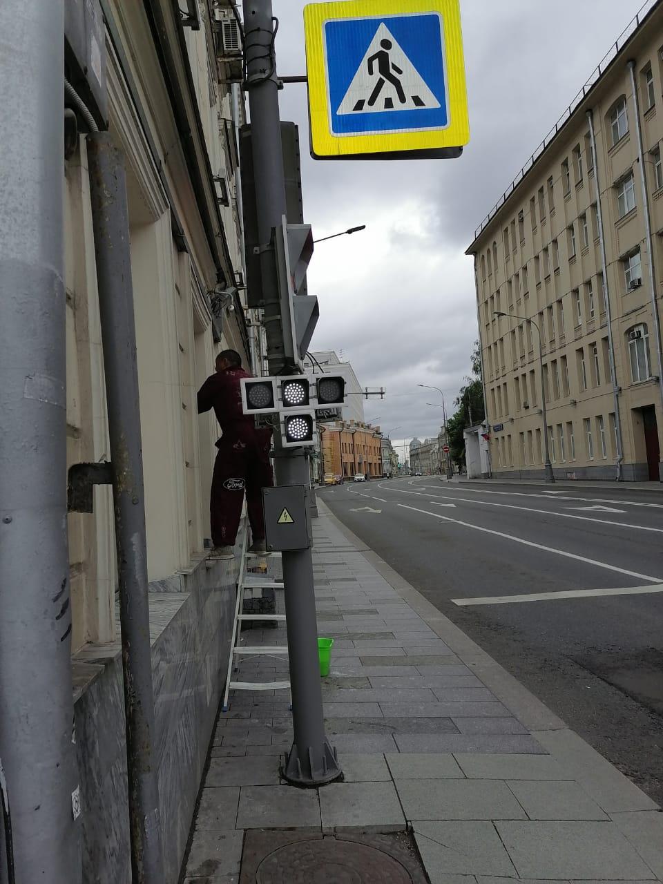 Мытье витрин на центральных улицах города Москвы – компания Клеарте